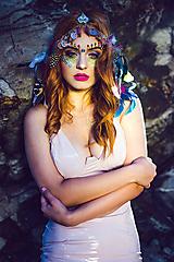 Ozdoby do vlasov - Hippie pestrofarebná festivalová čelenka - 9770325_
