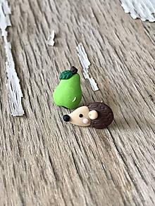 Náušnice - ježko s ovocím-napichovačky (ježko s hruštičkou) - 9769982_