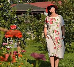 Šaty - RUŽOVOU ZÁHRADOU -  originálne šaty s textilnou aplikáciou. - 9771186_