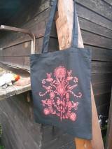 Nákupné tašky - folk taška čierna s červeným vzorom - 9771899_