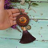 Kľúčenky - S Vážkou- vyšívaný střapec na kabelku - 9773123_