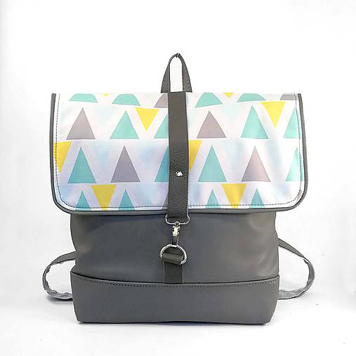 Batoh (Grey triangles)