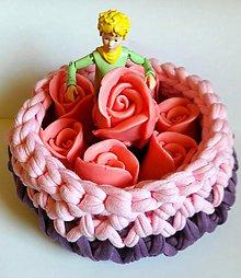 Dobrý obchod - Košík fialky a ruže - 9772128_