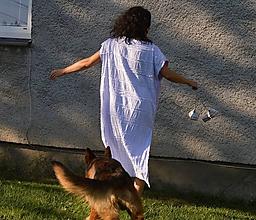 Šaty - KAZY - originálne bavlnené šaty s aplikáciou. - 9773955_