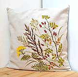 Úžitkový textil - Vankúš-ručne maľovaný-Šípky a jesenné trávy - 9774955_