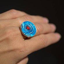Prstene - Prsteň Tyrkysový s červeným očkom - 9774726_