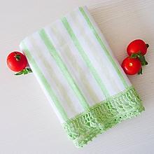 Úžitkový textil - Utierka s háčkovaným okrajom, zelený pásik - 9775913_