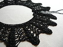 Náhrdelníky - Háčkovaný Golier Čierny padavý (veľký) - 9780469_