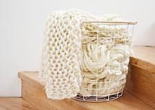 Úžitkový textil - Vlnená pletená deka - prírodná - 9779710_