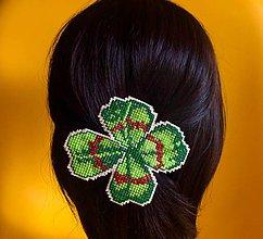 Ozdoby do vlasov - Vyšívaná sponka do vlasů - 9780363_