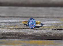 Opál pozlátený prsteň Ag
