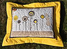 Úžitkový textil - V krajine zázrakov...žlto - hnedá verzia - vankúše :) - 9779813_