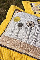 Úžitkový textil - V krajine zázrakov...žlto - hnedá verzia - vankúše :) - 9779815_
