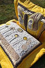 Úžitkový textil - V krajine zázrakov...žlto - hnedá verzia - vankúše :) - 9779821_