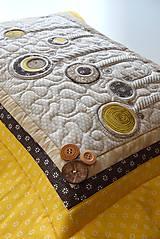 Úžitkový textil - V krajine zázrakov...žlto - hnedá verzia - vankúše :) - 9779827_