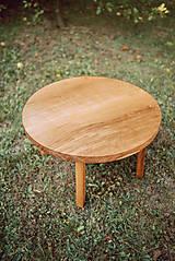 Nábytok - Kruhový konferenčný stolík s drevenými nožičkami - 9782778_