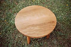 Nábytok - Kruhový konferenčný stolík s drevenými nožičkami - 9782788_