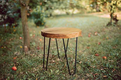 Nábytok - Kruhový konferenčný stolík s čiernymi kovovými nožičkami - 9782738_