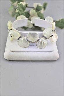 Náramky - perleť lístky náramok svadobný luxusný - 9785093_
