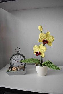 Dekorácie - Malá háčkovaná orchidea - 9785900_