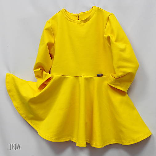 db21dd3acd6a Žlté šaty s kruhovou sukňou a bočnými vreckami   babikajeja - SAShE ...
