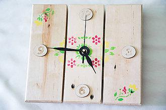 Hodiny - Drevené nástenné  hodiny s maľovaným motívom - 9785137_