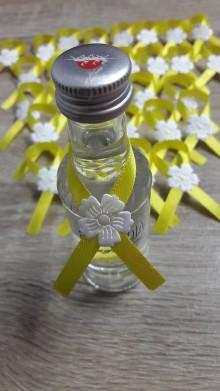 Darčeky pre svadobčanov - Pierka na mini fľasky - 9788108_