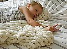 """Úžitkový textil - Rukami pletená deka/koberček """"chunky"""" - 9791165_"""