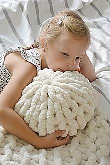 """Úžitkový textil - Rukami pletený vankúšik """"chunky"""" - 9791216_"""