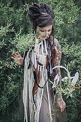 Ozdoby do vlasov - Prírodna hippie čelenka z eko kože a peria - 9791399_