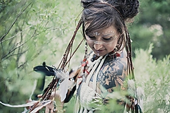 Ozdoby do vlasov - Prírodna hippie čelenka z eko kože a peria - 9791400_