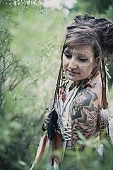 Ozdoby do vlasov - Prírodna hippie čelenka z eko kože a peria - 9791401_