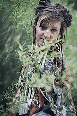 Ozdoby do vlasov - Prírodna hippie čelenka z eko kože a peria - 9791402_
