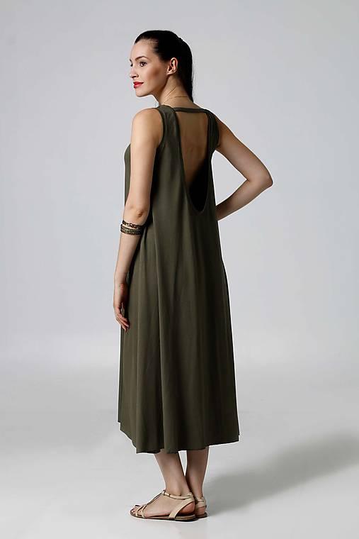 Šaty - Šaty midi voľné khaki (38) - 9792841_