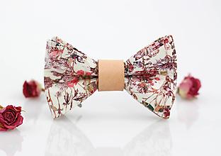 Doplnky - Elegantný motýlik z exkluzívnej látky - Liberty London Wild Floral - 9795228_