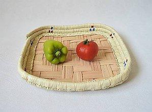 Košíky - Štvorcový pletený podnos z palmových listov - 9795431_