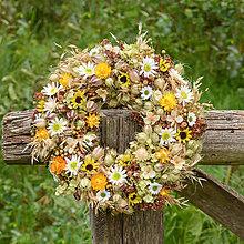 Dekorácie - Prírodný venček na dvere - 9792898_