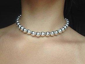 Náhrdelníky - Jednoradový perlový choker/strieborný - 9795935_
