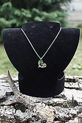 Náhrdelníky - Jeleň v srdci lesa - 9798327_
