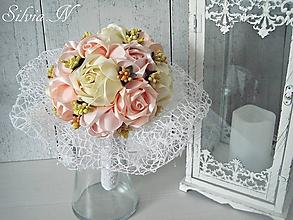 Dekorácie - Saténové ruže. - 9797052_