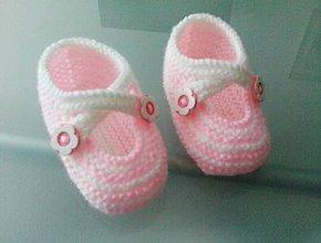 Topánočky - Pletené papučky s kvetinkami - 9796112_