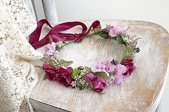Ozdoby do vlasov - Kvetinový venček ,,ružovo-bordový,, - 9797740_