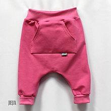 Detské oblečenie - Tepláky pre najmenších ružové - 9796646_