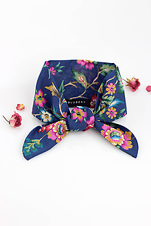 Šatky - Dámska šatka s kvetinovým motívom
