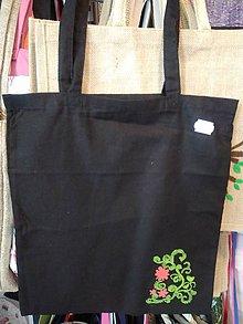 Nákupné tašky - Plátená nákupná taška s handmade aplikáciou kvietky - 9799651_