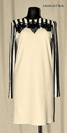 Šaty - Úpletové šaty s aplikáciou - 9799663_