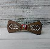 Drevený motýlik