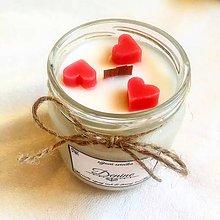 Svietidlá a sviečky - Sójová sviečka s dreveným knôtom - 9802671_