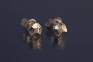 Náušnice - Náušnice hviezdičky štvorcípe (striebro) - 9802987_