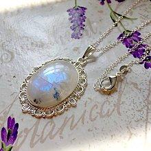 Náhrdelníky - Moonstone & Silver Necklace / Náhrdelník s mesačným kameňom v striebornom prevedení /0106 - 9805303_